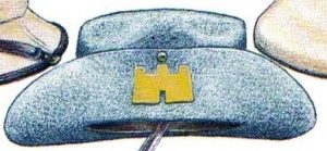 An illustration by Mike Chappell of a 1/Suffolk slouch hat with a yellow castle badge.